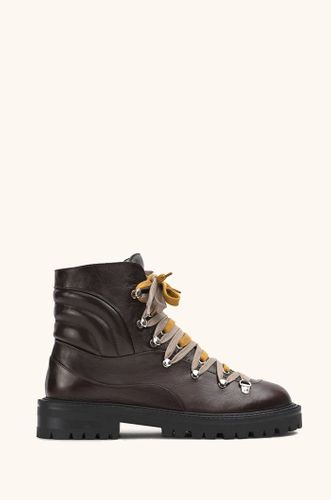 Slalom Boots in Chestnut