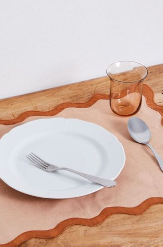100% Linen Scalloped Placemats in Terracotta & Rust