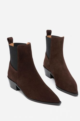 Willow Suede Brown